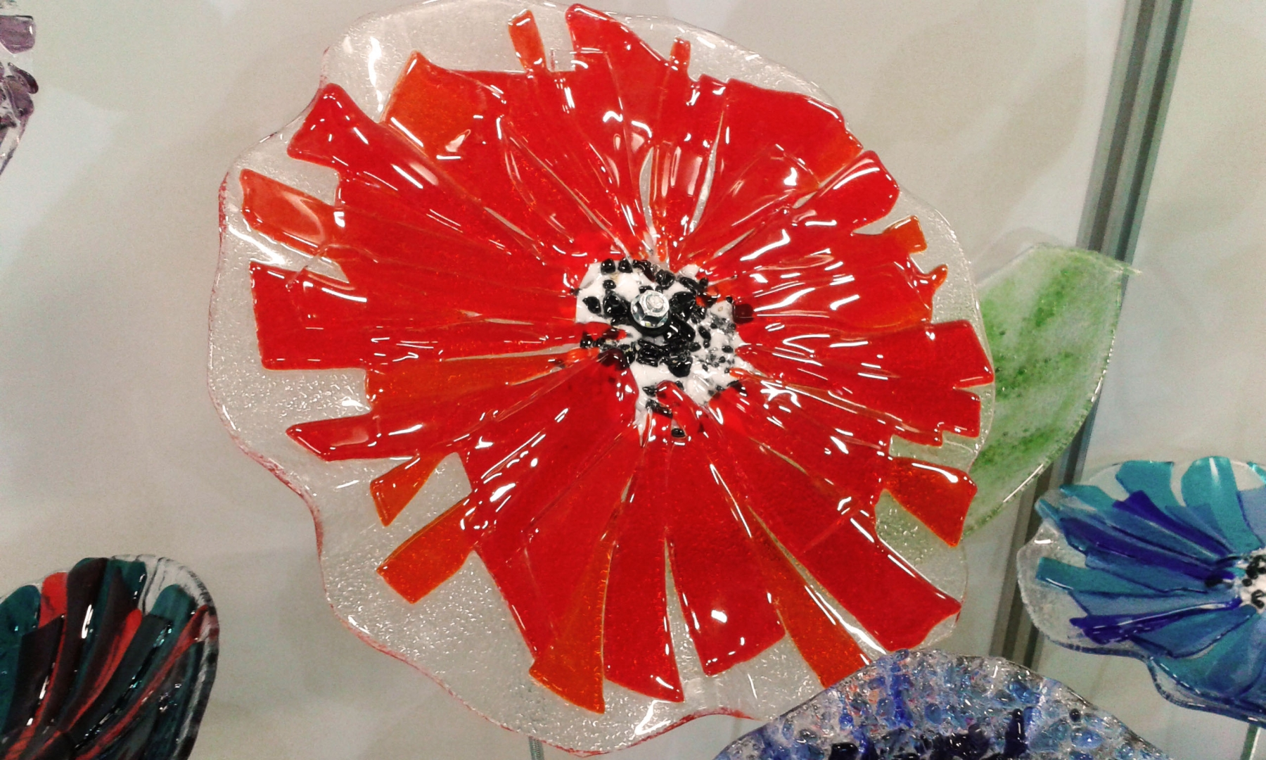 Füzyon Cam Kırmızı Çiçek
