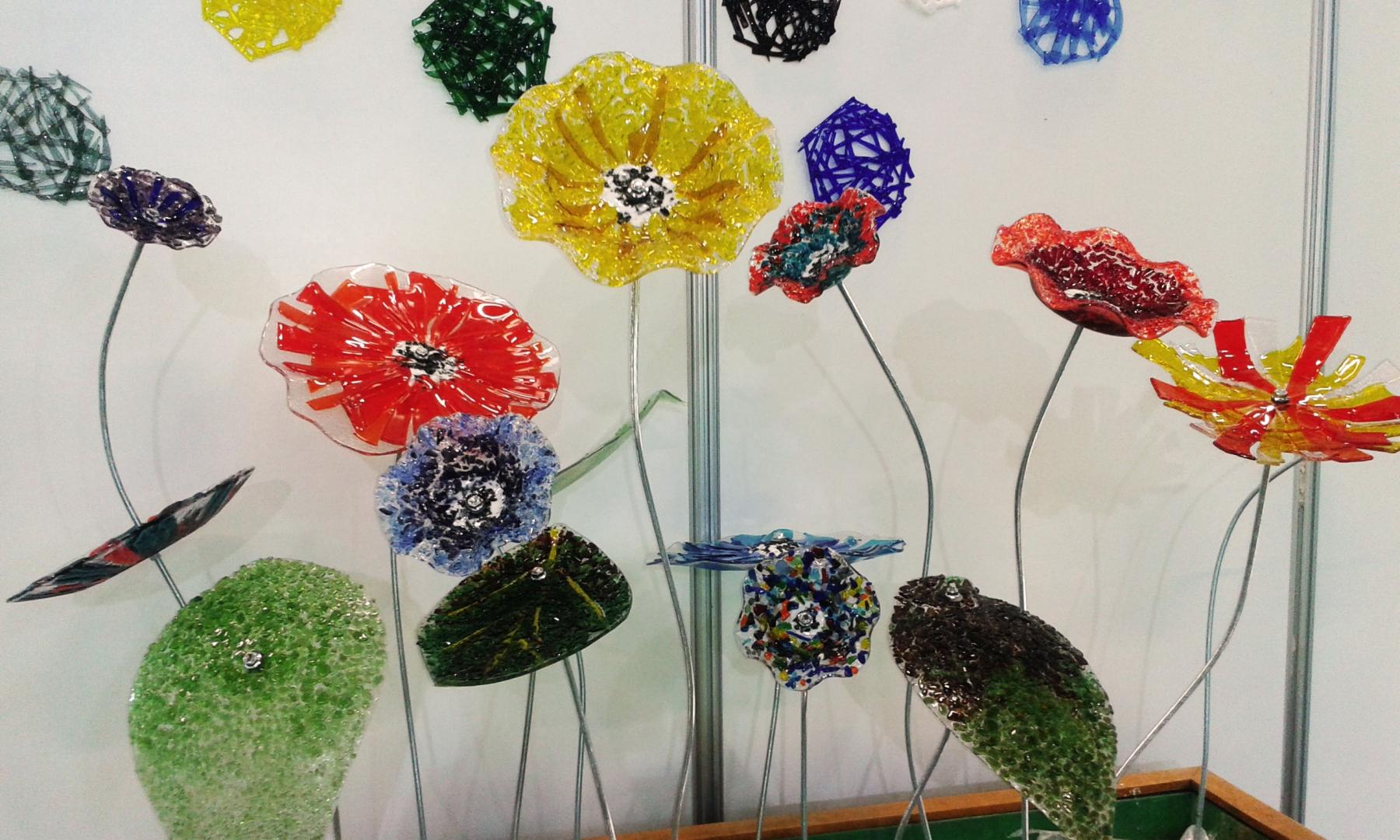 Renkli Cam Çiçek